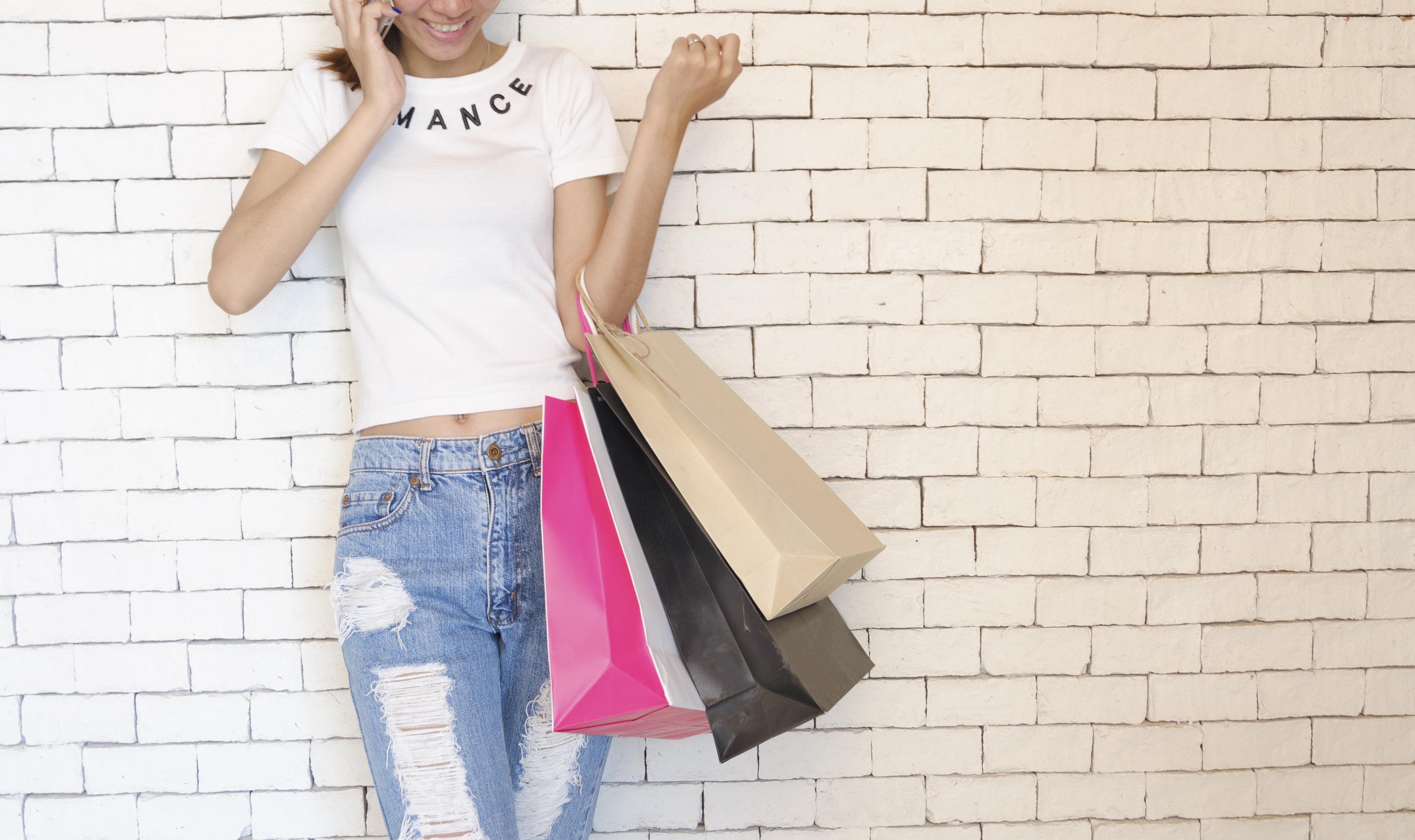 """pexels photo 346745 - Les shops """"pour les petites"""""""