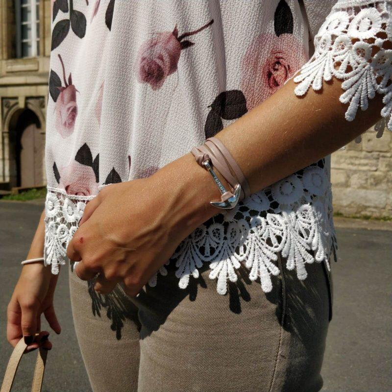 IMG 8698 800x800 - Jolie blouse fleurie