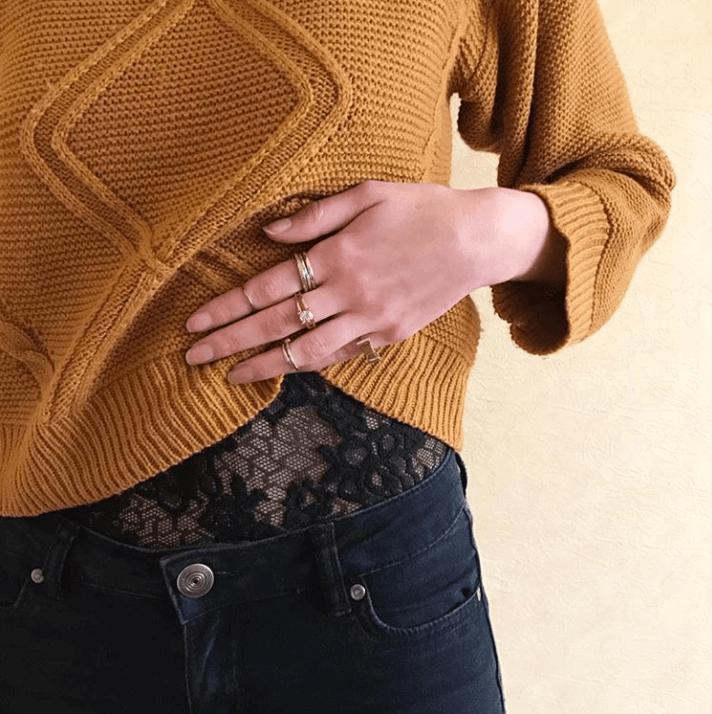 details tenue dentelle - Des trésors dans les vide-dressings