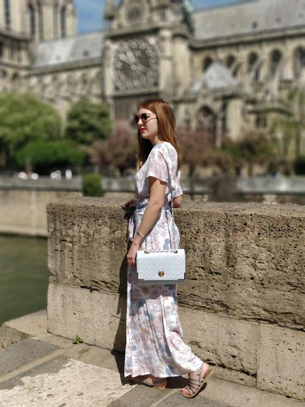 robe longue romantique 600x800 - Paris romantique