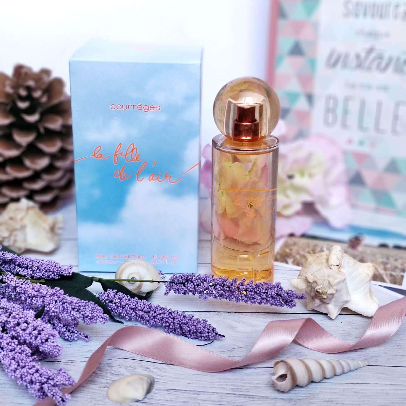 parfum la fille de laire courreges parfumerie burdin - Un maquillage frais pour l'été avec la Parfumerie Burdin