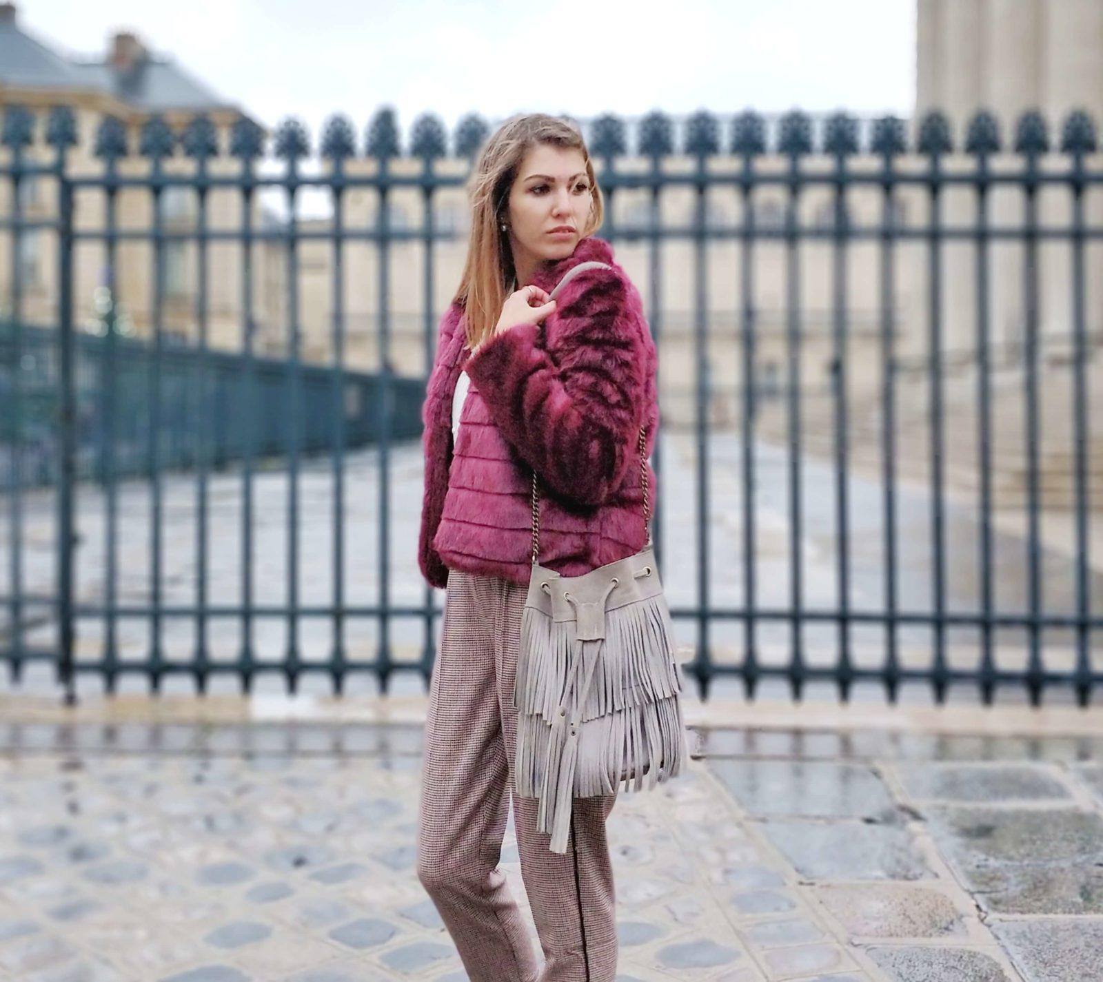 tenue veste fourrure bordeaux blog 1600x1425 - L'hiver en fausse fourrure