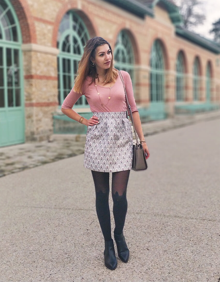 tenue blog 19 janvier jupe graphique rose - C'est encore plus beau quand c'est fait main