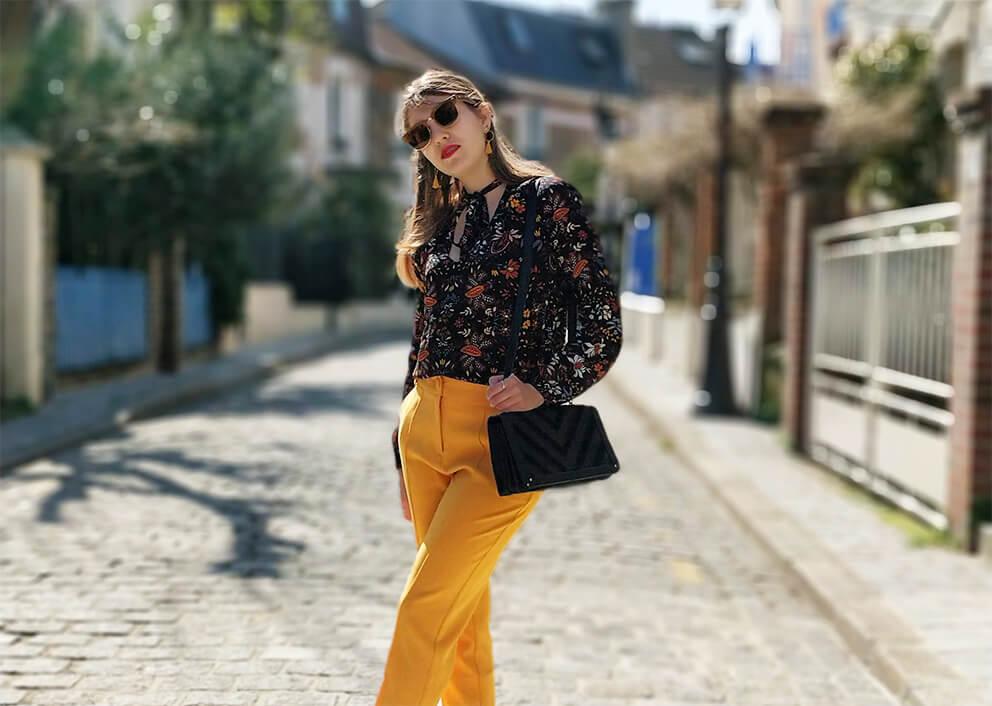 blog mode 19 janvier tenue pantalon jaune printemps - Du bonheur et de la couleur