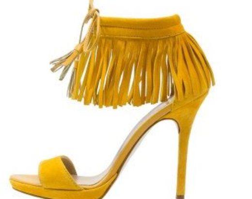 Une couleur : le jaune moutarde