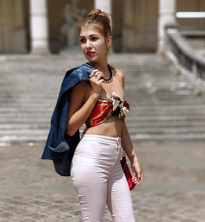 tenue blogueuse paris top foulard détails - C'est décidé : j'ose !