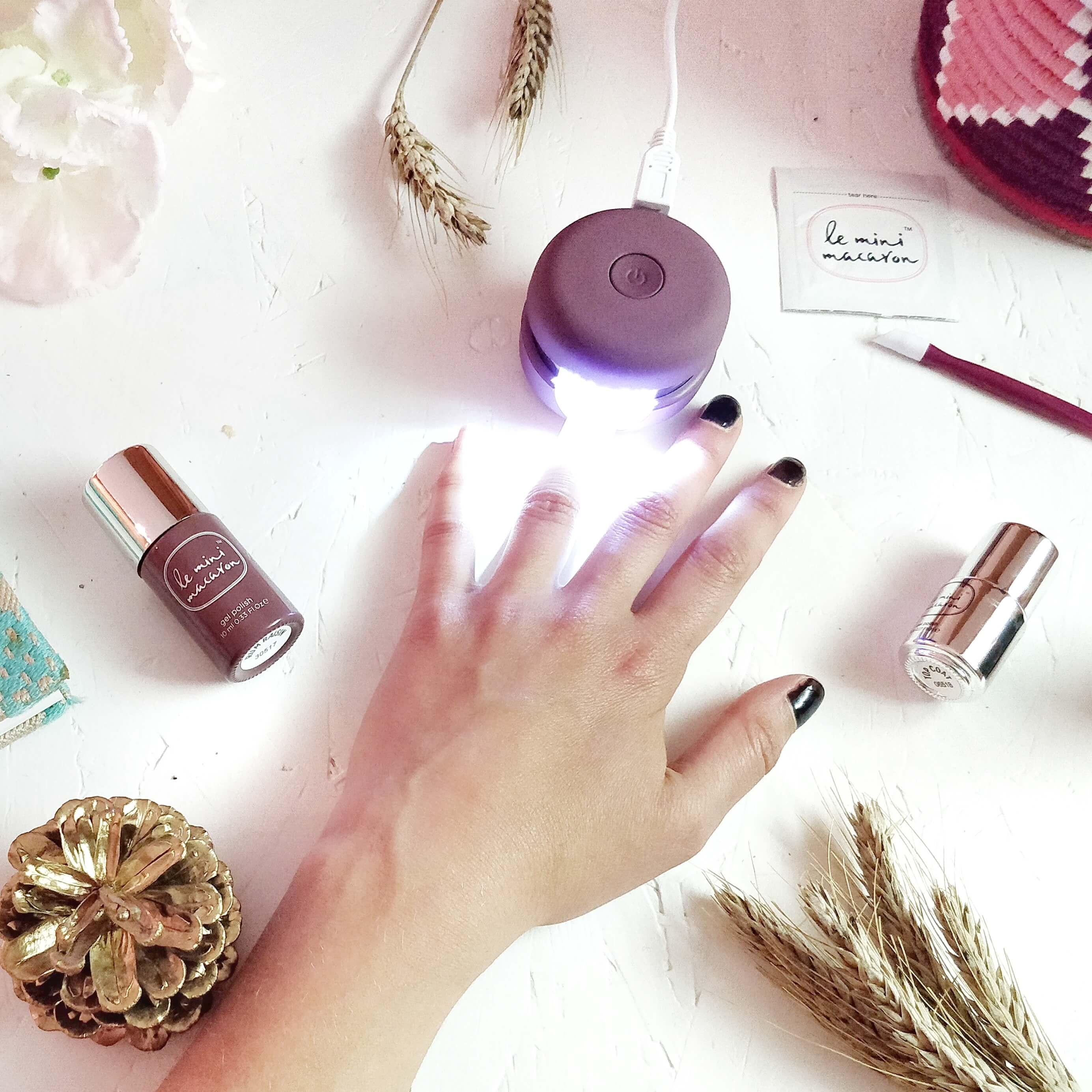 le mini macaron lampe led manucure - Une manucure semi-permanente à faire...chez soi