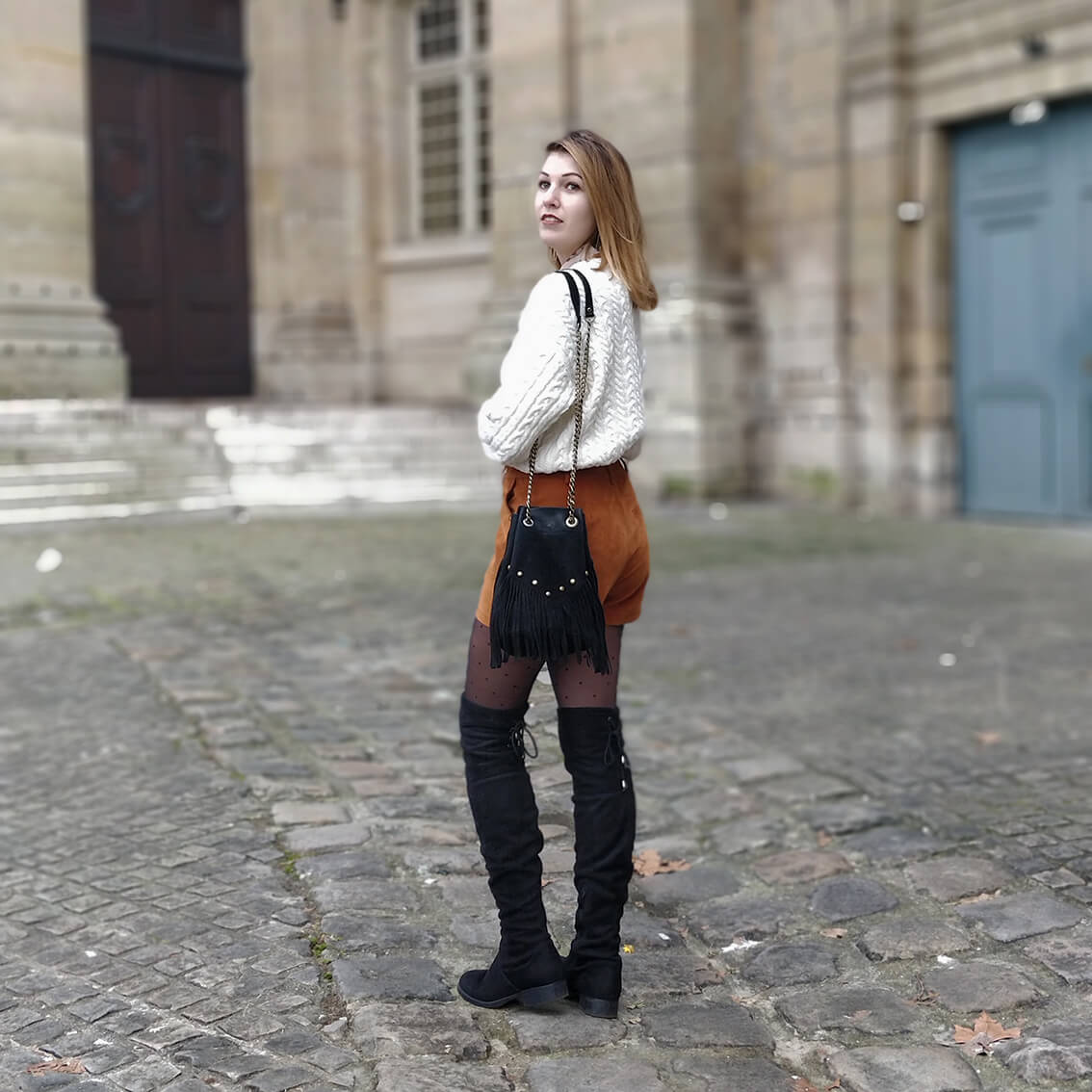 tenue hiver blog short suédine marron - L'amour des shorts en hiver